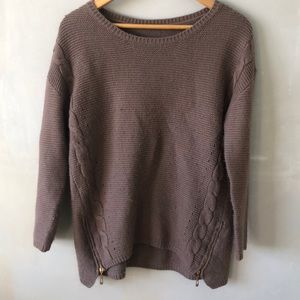 Sweaters - well-loved oversized purple gray sweater